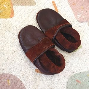 Leather toddler slippers/loafers